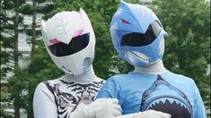 Original Power Rangers, Power Rangers Art, Soccer Ball, A Team, Shark, Helmet, Superhero, Comics, Anime