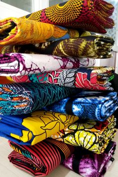 These lovely prints and many more are available. They are high quality cotton. They are 6 yards each, very attractive and durable. African Textiles, African Prints, African Fabric, Sewing Material, Material Girls, Africa Style, Etsy Coupon, Peacock Print, Ankara Fabric