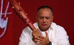 """¿Y qué serás tú? Diosdado Cabello llama """"arrastrados"""" a opositores por apoyan sanciones de EEUU contra Venezuela - http://www.notiexpresscolor.com/2017/08/30/y-que-seras-tu-diosdado-cabello-llama-arrastrados-a-opositores-por-apoyan-sanciones-de-eeuu-contra-venezuela/"""
