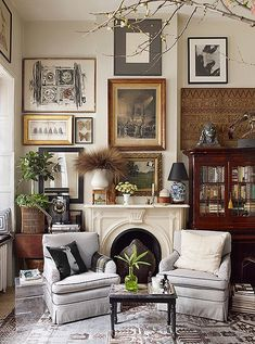 Interior Design Mistakes You Need To Stop Making Shot for OKL in NYC on Jan 2018 Story: Michael Bastian Home Tour Producer: Niki Dankner Stylist: Anthony Santelli Living Room Designs, Living Room Decor, Living Spaces, Living Rooms, Living Area, Bedroom Decor, Home And Deco, Home Fashion, Fashion Art