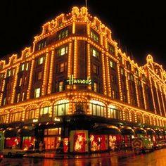 Orient Express UK Train trips - London: Harrods & Knightsbridge Shopping Train Trip, Train Travel, Us Travel, Harrods Knightsbridge, Pleasure Way, Orient Express, European Tour, New Paris, Farmers