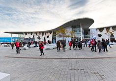 Gran Via Exhibition Center - Extraordinary Event Venues, Spotlight magazine - Event Paradise. The Gran Via Exhibition Center has various s. Meeting Venue, Event Organiser, Event Venues, Barcelona, Big Thing, Organisers, Walking Shoes, Spotlight, Spain