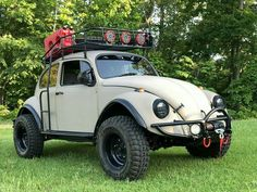 See The Newly Customized Volkswagen Beetle Car For Offroad Expedition (Photos) Lovers of Volkswagen Beetle might have something to cheer about Vw Baja Bug, Kdf Wagen, Bug Out Vehicle, Bug Car, Sand Rail, Vw Vintage, Beetle Car, Beach Buggy, Vw Cars
