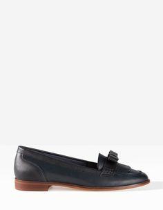 Flat Shoes Stradivarius