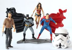 nice Giveaway - Enter to WIN Hallmark Super Hero Ornaments - ends 11/30
