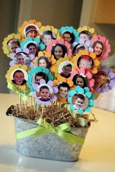 Photo flowers for centerpieces. See more birthday party suggestions at one… Photo flowers for centerpieces. See more birthday party suggestions at one-stop-party-id…. Kids Crafts, Diy Mother's Day Crafts, Mother's Day Diy, Diy Mothers Day Gifts, Diy Gifts, Handmade Gifts, Grandparent Gifts, Handmade Ideas, Grandma Gifts