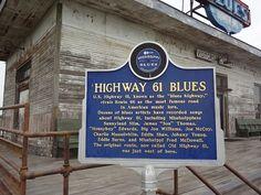 """Negli anni '30 e '40 la Highway 61 diffondeva la """"musica del diavolo"""" attraverso gli USA. Noi la percorreremo in cerca delle storie alle origini del blues.    #Raccontidiviaggio #RdV #Vitadaviaggiatori"""