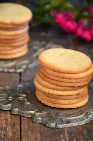 The girl from the country: Heile Welt Sweet Cookies, Cake Cookies, Muesli Slice, Easy Cookie Recipes, Breakfast Dessert, Clean Eating, Food And Drink, Favorite Recipes, Sweets