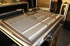 Yamaha GA 24/12 Mixer Condizioni Perfette, Compreso Flyght case Nuovo | Mixer Audio | Musicusata.it Case, Audio, Home Decor, Decoration Home, Room Decor, Home Interior Design, Home Decoration, Interior Design