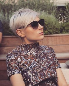 Cute Short Haircuts, Cute Hairstyles For Short Hair, Short Hair Cuts For Women, Short Hair Styles, Hair Cut Guide, Honey Blond, Short Blonde Pixie, Haircut And Color, Mi Long