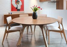 Tide Design Lyssna Round Dining and Yo Chairs 03