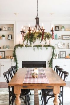 Holiday Decorating Ideas With Evergreen Garlands