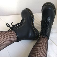 martens vegan 1460 The Vegan 1460 boot, shared by nilufar_d_angelo.The Vegan 1460 boot, shared by nilufar_d_angelo. Dr. Martens, Red Doc Martens, Doc Martens Outfit, Doc Martens Boots, Dr Shoes, Cute Shoes, Me Too Shoes, Black Shoes, Dr Martens Vegan