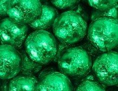 Wizard of OZ Party - Candy Buffet -  Green Foiled Milk Chocolate Balls 1LB Bag The Nutty Fruit House http://www.amazon.com/dp/B0089U2XLM/ref=cm_sw_r_pi_dp_MrRjvb1QGCY32
