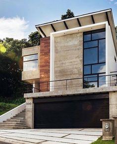 ALLI | home design + styling (@the.hoss.homestead) • Instagram photos and videos Patio Design, House Design, Home Decor Styles, Midcentury Modern, Homestead, Landscape Design, Mid Century, Design Inspiration, Exterior