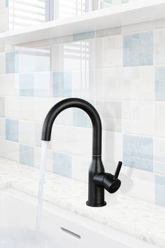 VIGA made black faucet, single lever lavatory faucet in matte black. VIGA factory is a professional faucet producer. Matte Black Bathroom Faucet, Black Kitchen Faucets, Bathroom Sink Faucets, Kitchen Sinks, Double Kitchen Sink, Lavatory Faucet, Stainless Steel Kitchen, Traditional Bathroom, Mixer
