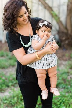 Chewable Charm Silicone Teething Necklace | The Hudson- Mint Teething Necklace for mom