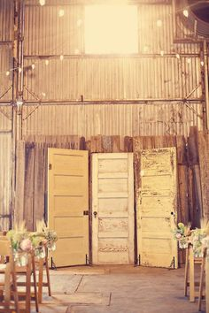 Vintage doors are perfect for adding rustic and vintage charm to your wedding decor. They can be used for backdrops, a place to hang your seating chart or even a funky table top! Indoor Wedding Ceremonies, Wedding Altars, Wedding Ceremony Backdrop, Rustic Wedding, Chic Wedding, Trendy Wedding, Indoor Ceremony, Elegant Wedding, Photobooth Background