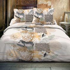 Wij hebben weer prachtige dekbedovertrekken toegevoegd...die je al direct met 30% korting shopt! Safari Chic, Comforters, Taupe, Inspiration, Blanket, Home, Products, Design, Shabby Chic