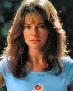 Jacqueline Bisset Photos - Jacqueline Bisset Picture Gallery - FamousFix - Page 11 British Actresses, Hollywood Actresses, Old Hollywood, Actors & Actresses, Casino Royale, Vintage Hairstyles, Hairstyles With Bangs, Jacqueline Bissett, Ali Macgraw