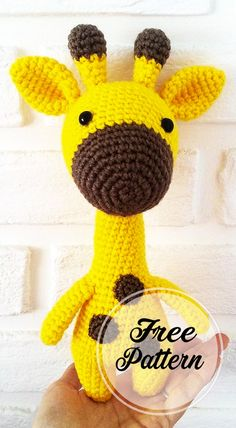 Free and Sweet Amigurumi Crochet Giraffe Pattern , amigurumi patterns free; amigurumi for beginners; Crochet Giraffe Pattern, Crochet Amigurumi Free Patterns, Crochet Toys, Free Crochet, Amigurumi Giraffe, Amigurumi Doll, Amigurumi Minta, Easy Knitting Projects, Crochet Projects