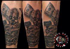 Trabajo en proceso, sesión de dos horas y media. Aún queda alguna sesión más. Black Tattoos, Black And Grey, Skull, Tatuajes, Black Art Tattoo, Back Tattoos, Skulls, Sugar Skull