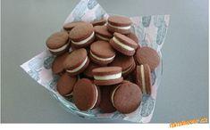 Sušenky s tvarohovým krémem Cookies, Crack Crackers, Biscuits, Cookie Recipes, Cookie, Biscuit