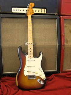 Hendrix era 1971 Fender Stratocaster original sunburst finish with the rare Maple Neck option! This guitar has the 4 bolt maple neck that was optional between late 1970 and sept 1971 Guitar Rig, Guitar Shop, Music Guitar, Guitar Picks, Cool Guitar, Playing Guitar, Acoustic Guitar, Fender Standard Telecaster, Stratocaster Guitar