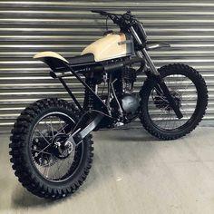 Ideas For Custom Bike Honda Street Tracker Honda Scrambler, Honda Cb750, Honda Motorbikes, Cafe Racer Motorcycle, Cafe Racer Bikes, Cafe Racer Build, Street Tracker, Brat Bike, Moto Guzzi