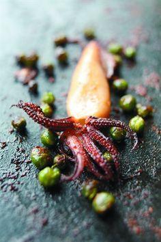 Encornets à la sauce soja et petits pois épicés - Larousse Cuisine