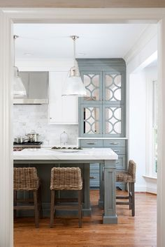 Jack Rosen Custom Kitchens will bring your dream kitchen to life. Click here to be inspired by our photos. Serving Maryland, Washington, DC and Virginia.