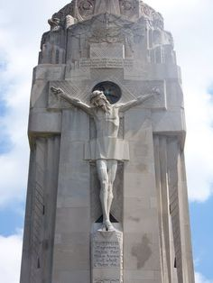 Charity Crucifiction Tower, sculpture by Rene Paul Chambellan-1931