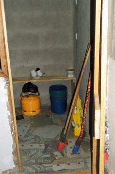 Einfache Küche in Tansania Ladder, Tanzania, Stairway, Ladders, Stairs