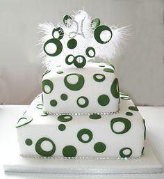 Spotty tierd cake