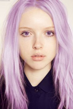 I really like this hair color with purple contact lenses.