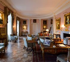 Paint, Paper and Plasterwork – The Decoration of the English Country House – Study Day
