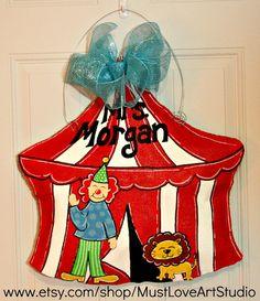 Teacher Circus Tent Burlap Door Hanger Decoration HUGE - Back to School… Preschool Door Decorations, Circus Decorations, Circus Theme Classroom, Classroom Decor, School Fun, Back To School, Painting Burlap, Burlap Door Hangers, Burlap Crafts