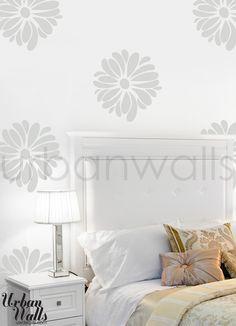 (http://www.uwdecals.com/products/pretty-flower-pattern.html)