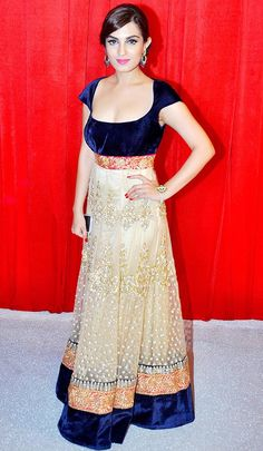 Shiny Doshi in Long Indian Anarkali Gown with Deep Neck – Hot Cleavage Pics