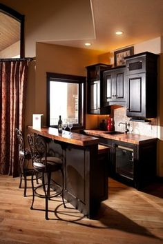 I Like The Small Size Of This Kitchen Bar Area Bat Storage Rooms Design Pictures Remodel Decor And Ideas Page 33