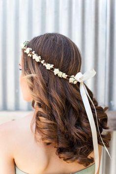 Les plus belles coiffures de mariée cheveux detachés Image: 18