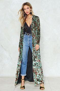 Kimono Diy, Kimono And Jeans, Kimono Outfit, Boho Kimono, Kimono Style, Kimonos Fashion, Fashion Outfits, Fashion Trends, Bohemian Mode