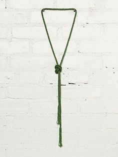 Vintage Green Beaded Lariat Necklace