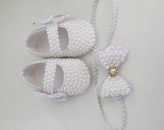 Sapatinho em pérolas branco