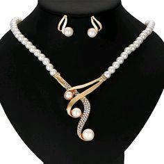 Elegant Fashion Women Crystal Pearl Pendant Choker Necklace Earrings Jewelry Set in Jewelry & Watches, Fashion Jewelry, Necklaces & Pendants Bride Necklace, Pearl Statement Necklace, Crystal Bead Necklace, Pearl Pendant, Crystal Beads, Diamond Necklaces, Pearl Beads, Pearl Jewelry, Pearl Earrings