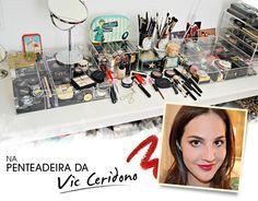 A penteadeira da editora de beleza da Vogue, Vic Ceridono. Linda demais!