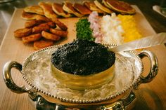 Caviar at cost, ice-cream happy hour, and prix fixe Sunday suppers. Sunday Happy Hour, Ny Restaurants, Restaurant Deals, New York Food, Nyc Girl, Sunday Suppers, Grubs, Pretty Good, Places To Eat