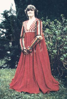 This was so long ago. 1985. She wanted a dress inspired by Franco Zefferelli's Romeo and Juliet.