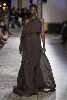 Giambattista Valli, Printemps/été 2018, Paris, Haute Couture