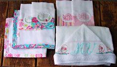 Kit Enxoval do Bebê composto por toalha de banho com capuz, fraldas de boca e toalhas fralda, delicado e exclusivo bordado manual, com monograma personalizado. Cores e estampas variadas.